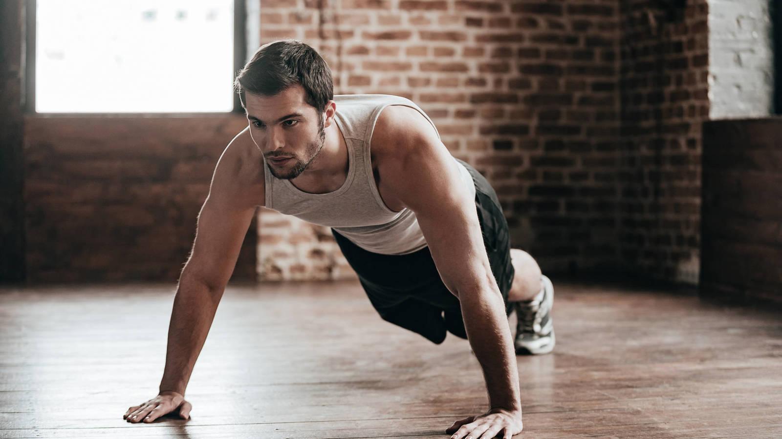 Persona haciendo ejercicio para tener más energía