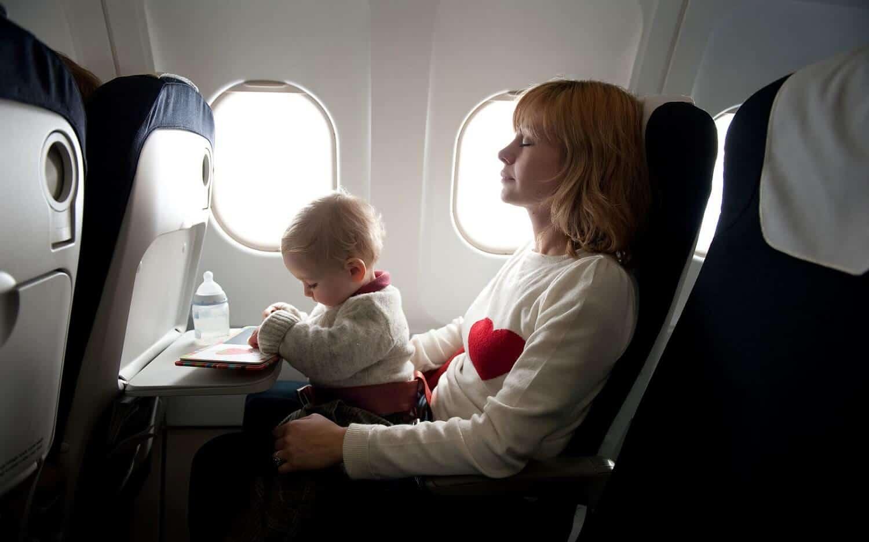 como viajar con bebes